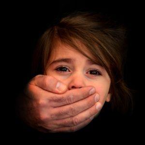 'Mensenhandel, kinderuitbuiting'