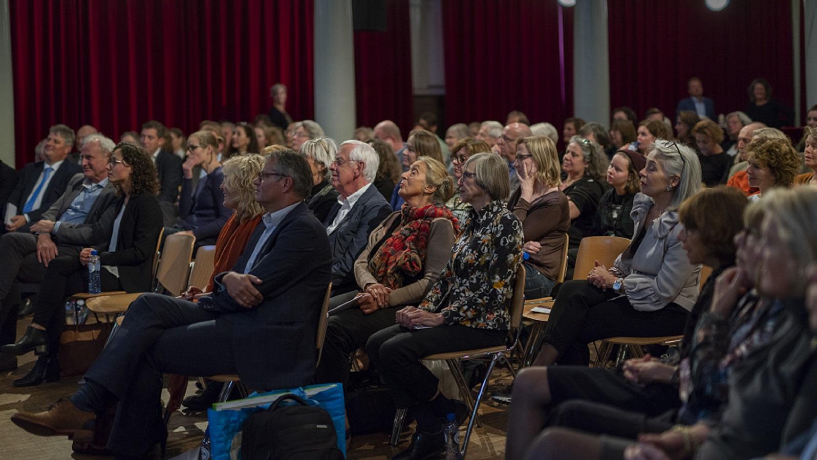 SSR Meillo-lezing 2018 Rode Hoed publiek luisteren naar lezing